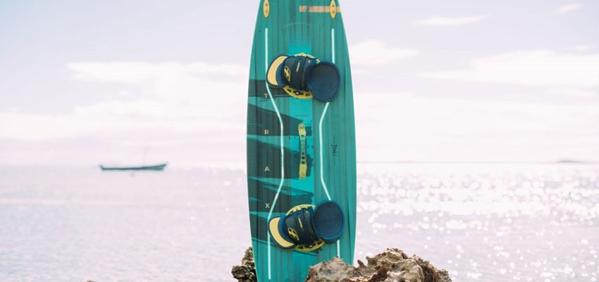 F-One Trax HRD Lite Tech 2019 kiteboard